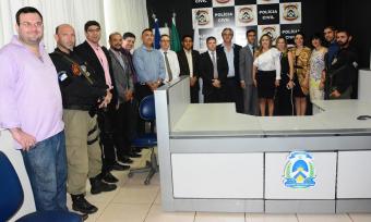 Diversas autoridades participaram da inauguração do Complexo de Delegacias Especializadas da capital