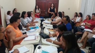 Reunião com diretores da regional de Pedro Afonso teve início nesta terça