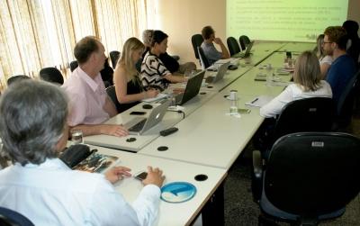 Rodrigo Sabino conduz reunião com equipe de consultores e juntos discutem nova etapa do Plano de Zoneamento