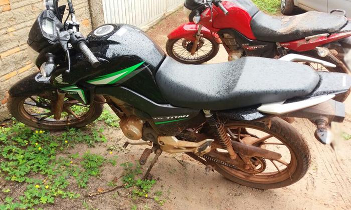 Moto roubada apreendida em Ananás
