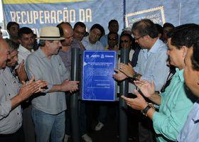 Governador Marcelo Miranda descerra placa de inauguração da TO-222 no trecho entre Araguaína e Aragominas