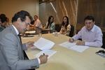 Secretário Alexandro de Castro e o diretor executivo Silvone Assis assinam contrato para realização de diagnóstico do Proeducar