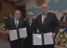 Secretários da Casa Civil  Télio Leão Ayres, e do Planejamento e Orçmento David Torres são homenageados no Tribunal de Contas Foto Nerivan Damasceno.JPG