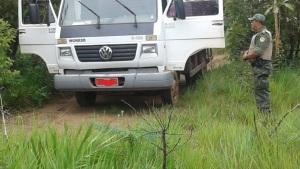 Caminhão furtado localizado pelo BPMA em Palmas_300.jpg