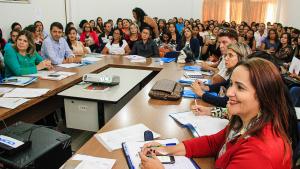 Secretária Patrícia do Amaral comemora participação maciça dos municípios.