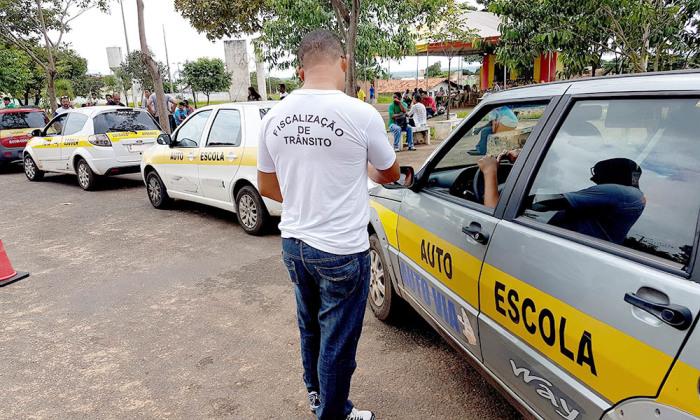 Durante as provas práticas, cerca de 20 veículos apresentaram algum tipo de irregularidade