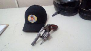 Arma de fogo apreendida em Araguaína_300.jpg