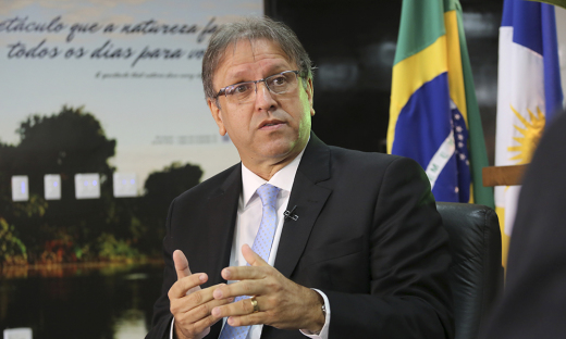 Entre outras ações, Marcelo Miranda inaugura o Centro de Informações e Decisões Estratégicas em Saúde e entrega 17 ambulâncias