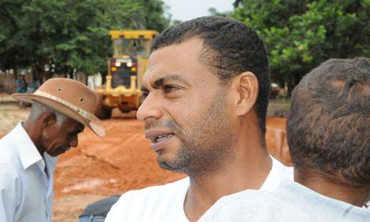 Presidente da Associação de Moradores do Povoado Mumbuca, Edivan Ribeiro, reforça necessidade da ponte para a comunidade