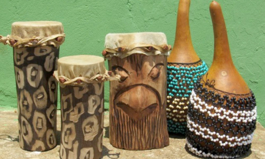 Instrumentos produzidos pelo projeto Tambores do Tocantins