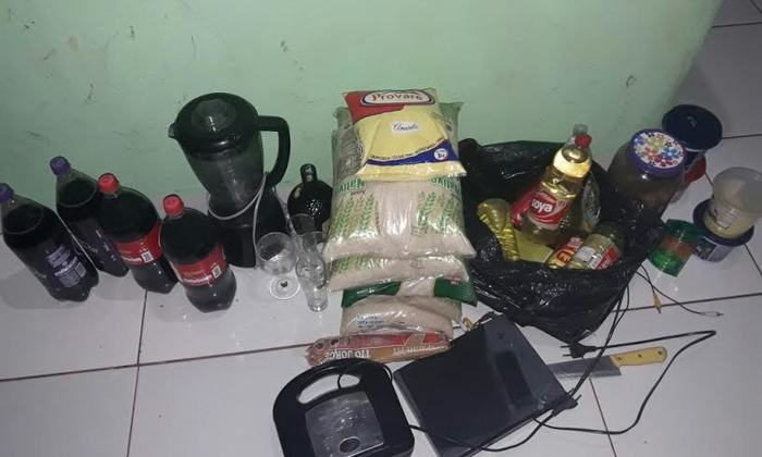 Parte do material furtado em comércio de Palmeirante foi recuperado pela PM.