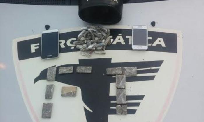Drogas apreendidas com dupla de traficantes em Arapoema.