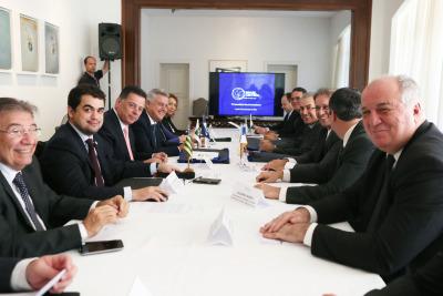 Secretário Davi Torres participa das discussões