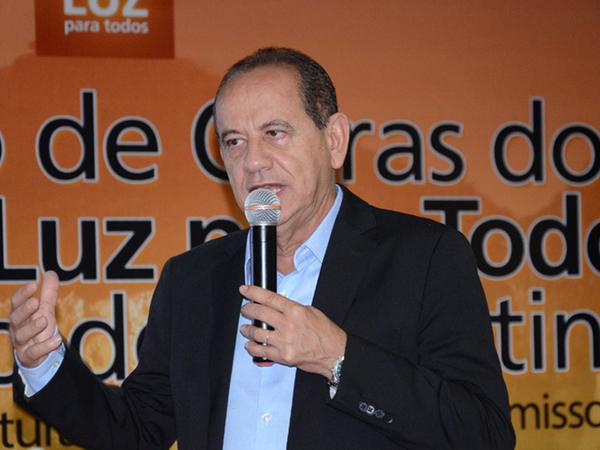 """O seminário foi aberto com a palestra de um dos criadores do Fundo Nacional de Saúde, Sady Carnot Falcão Filho, com o tema """"Perspectivas para a gestão orçamentária e financeira do SUS"""""""