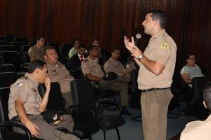 Analistas de Sistema da PMTO apresentam ferramentas tecnológicas para a instituição.