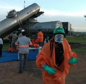 Curso Internacional de Resposta à Emergências com Produtos Perigosos em nível iniciante e operações. A capacitação que acontece de 17 a 28 de abril em Paulínia/SP