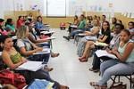 Educadores aprendem novas metodologias de ensino para aplicarem na sala de aula