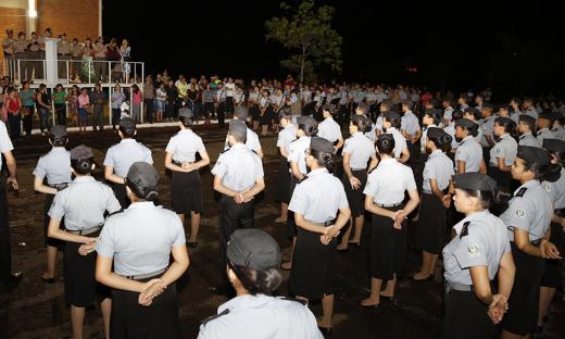 A solenidade de condecorações acontece anualmente e o foco principal é prestigiar os alunos que se destacaram no ano letivo anterior