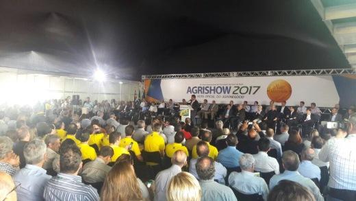 Na abertura da Agrishow 2017, o ministro da Agricultura, Blairo Magi, lembrou que a agropecuária é a área que mais contribuiu para a economia brasileira nos últimos anos