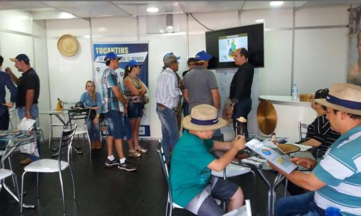 Equipe da Seden apresenta o Tocantins em estande na maior feira agropecuária da América Latina, a Agrishow