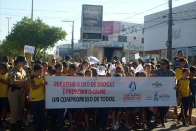 Ação social realizada pelo Proerd na área do 6º BPM _400.jpg