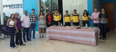 Palestra sobre Movimento Maio Amarelo com especialistas em Trânsito do Detran/TO para empresários do centro de Palmas