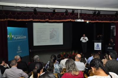 Palestra do Dr. Rubenval Garcia sobre autossustentabilidade na cadeia produtiva do Plansaúde
