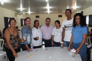 Visitantes lotam Oficina de Reaproveitamento de Materiais Recicláveis na Agrotins