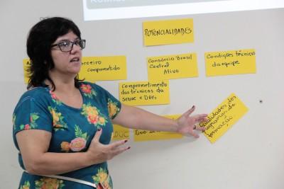 Roselene Souza - ministrante Workshop Tutoria Pedagógica