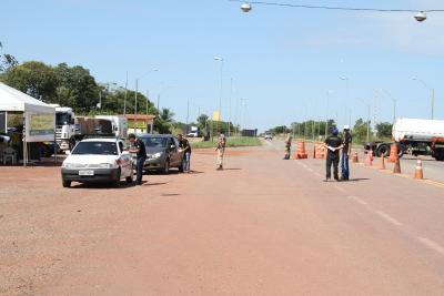 As blitz estão sendo realizadas em parceria com os policiais militares do BPMRED.
