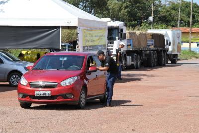 O foco da ação é o caminhoneiro, mas também trabalhamos a segurança na rodovia com os demais condutores.