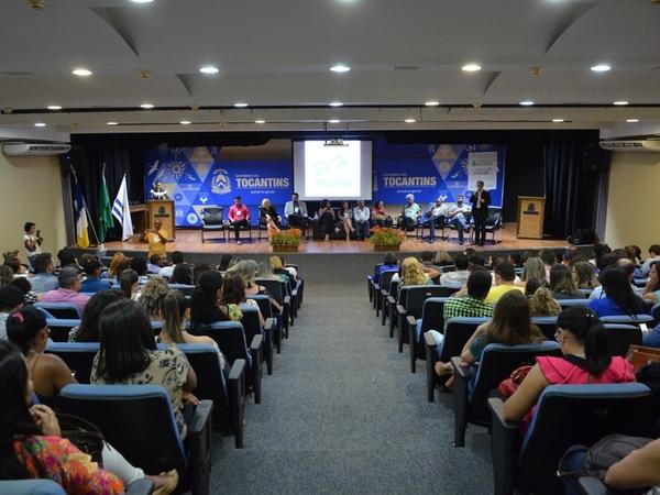 Conferências reuniram mais de 400 profissionais