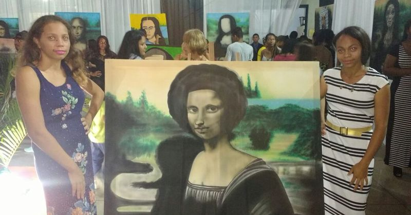 As releituras de Mona Lisa foram pintadas pelos estudantes
