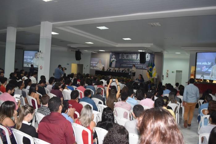 Técnicos do Procon-TO dão palestra em evento em Araguaína