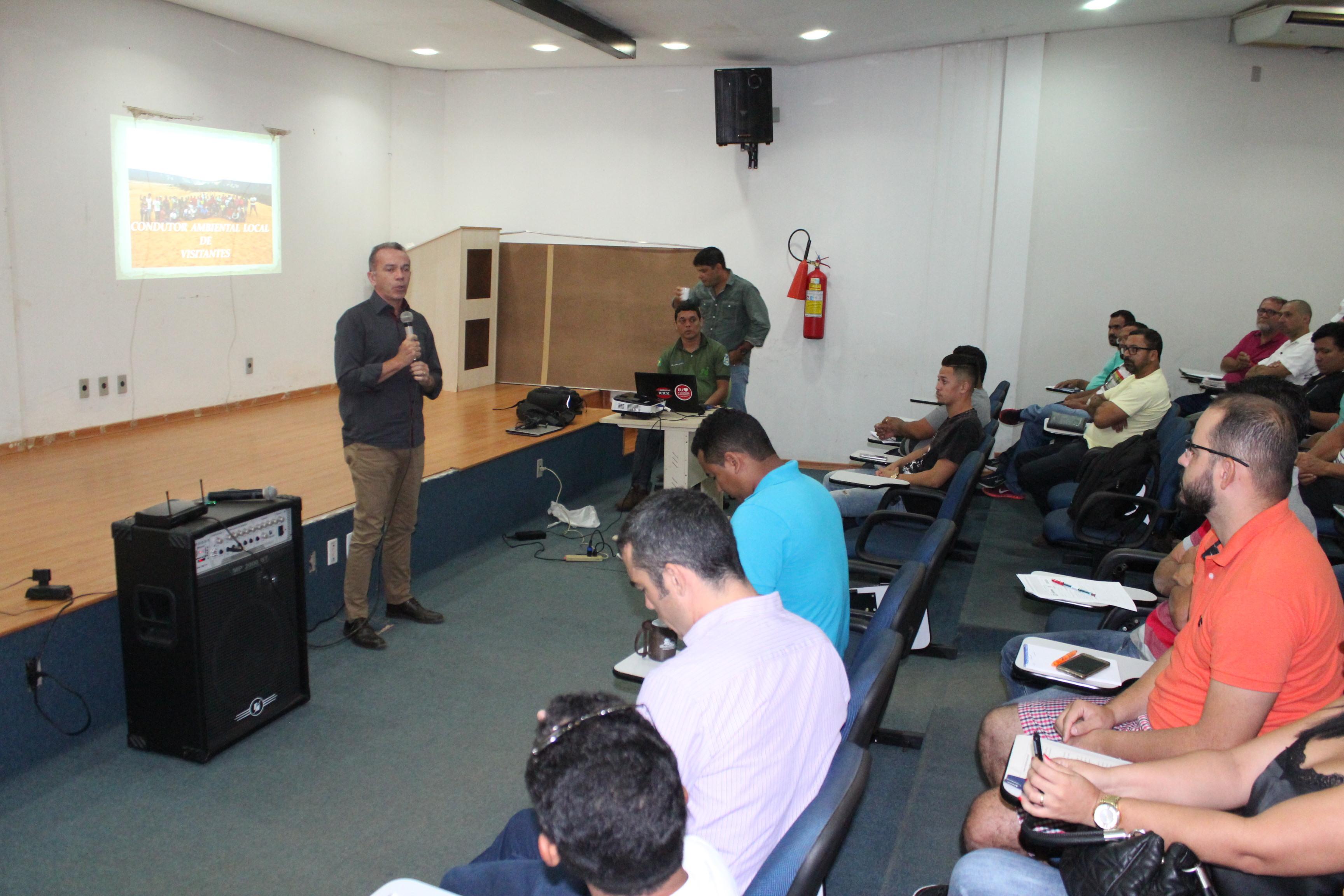 Treinamento de Condutores de Visitantes recebem treinamento do Naturatins em Palmas