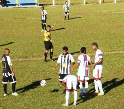 Lance da vitória do Santos 1 x 0 sobre o Tocantins de Miracema (branco)