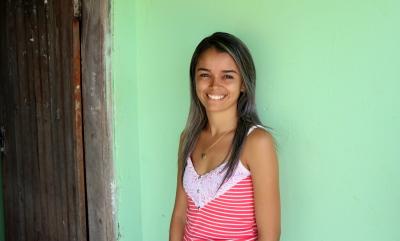 Laiane Vieira comemora melhorias no serviço de abastecimento de água