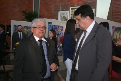 Alexandro de Castro e Eurípedes Lamounier na abertura da exposição