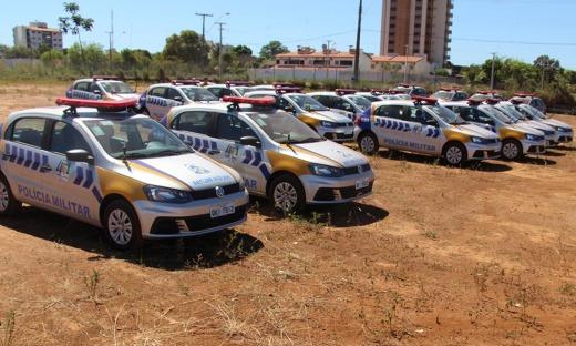 Governador entrega viaturas e inaugura obras de pavimentação em Araguaína