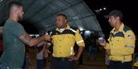 Estande do Detran/TO com Instruções Sobre o Teste do Bafômetro Entrevista com TV Local