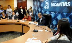 Marcelo Miranda assinou o Decreto de Emergência Ambiental que declara situação de risco de desastre ambiental resultante de queimadas e incêndios florestais em sete municípios tocantinenses