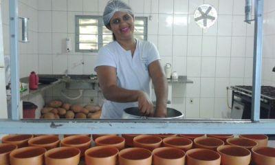 Alyne Sousa é uma das merendeiras do Tocantins que concorrem ao prêmio