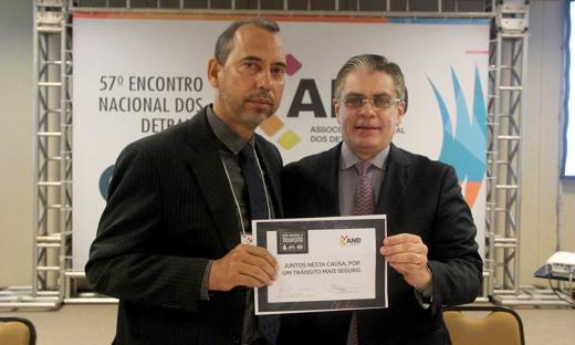 O presidente do Detran/TO), coronel Eudilon Donizete, assinou a adesão do Tocantins no  projeto Nós Somos o Trânsito, durante o 57º Encontro Nacional dos Detrans, em Brasília