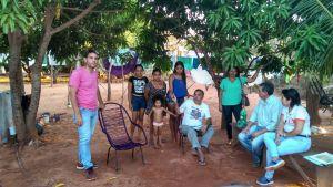 Equipe faz sensibilização à comunidade local