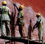 Construção civil foi o setor que mais contratou