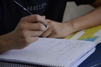 Adolescentes que cumprem medidas retornam às aulas em todo o Estado.