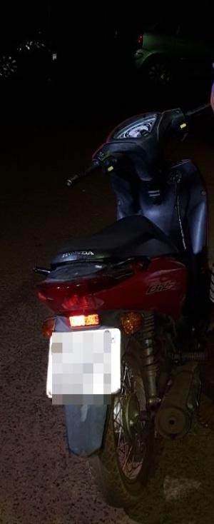 Motocicleta recuperada pela PM no setor São Miguel_300.jpg