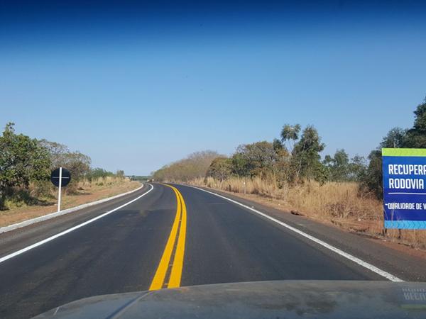 Marcelo Miranda inaugura, na rodovia TO-373, um total de 112,61 km de pavimentação, ligando Alvorada a São Miguel, já na divisa com o estado de Goiás