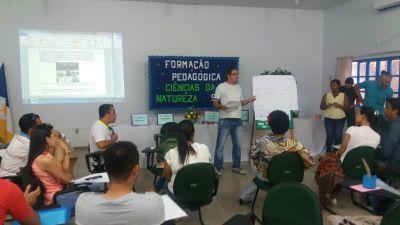Semana de Formação Pedagógica na DRE de Dianópolis (2).jpeg