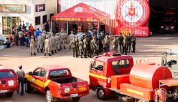 Ação reúne mais de 60 homens e busca diminuir a incidência de queimadas durante o período de estiagem no Estado